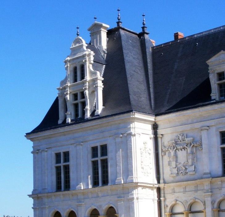 LAVAL – Château-neuf